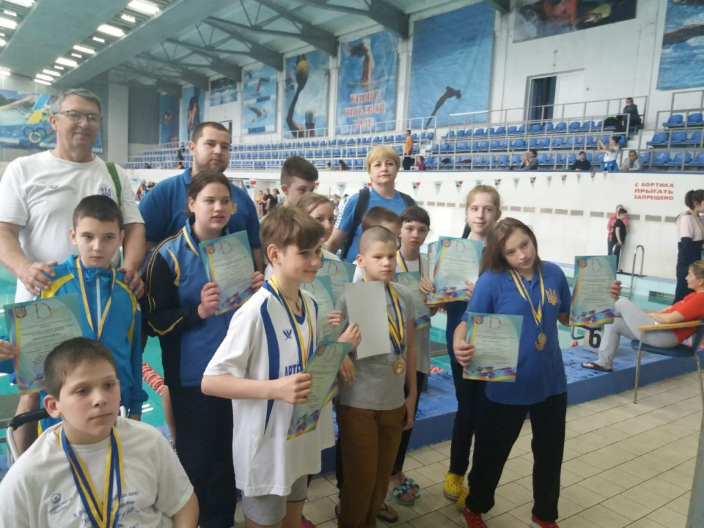 Обласні змагання юних плавців